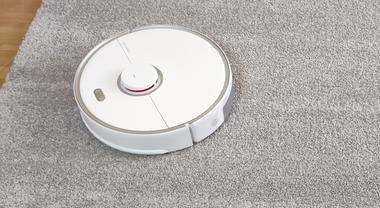 Roborock S5 Max Review: Better Mopping Experience at a Reasonable Price