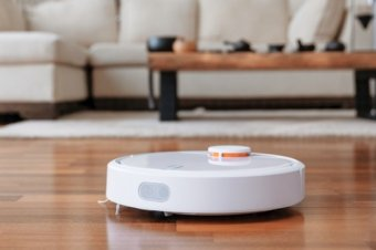 Could the Xiaomi Mi Robot Beat a Roomba?