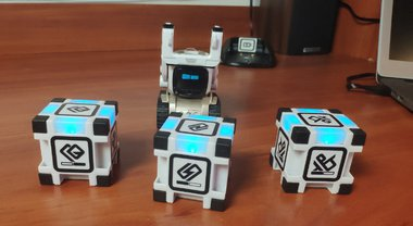 Anki Cozmo Review: the Cutest AI-Powered Robot Toy You Have Ever Seen