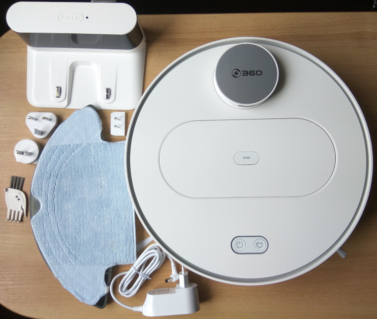 360 S6 robot vacuum - what is in the box